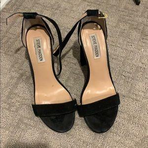 Steve Madden carrson heels